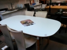 TABLE OVALE WHITE HABITAT