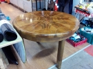 TABLE RONDE ALLONGE CENTRALE STYLE ART DECO PLACAGE NOYER