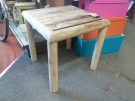 TABLE BASSE EN RONDINS TECK