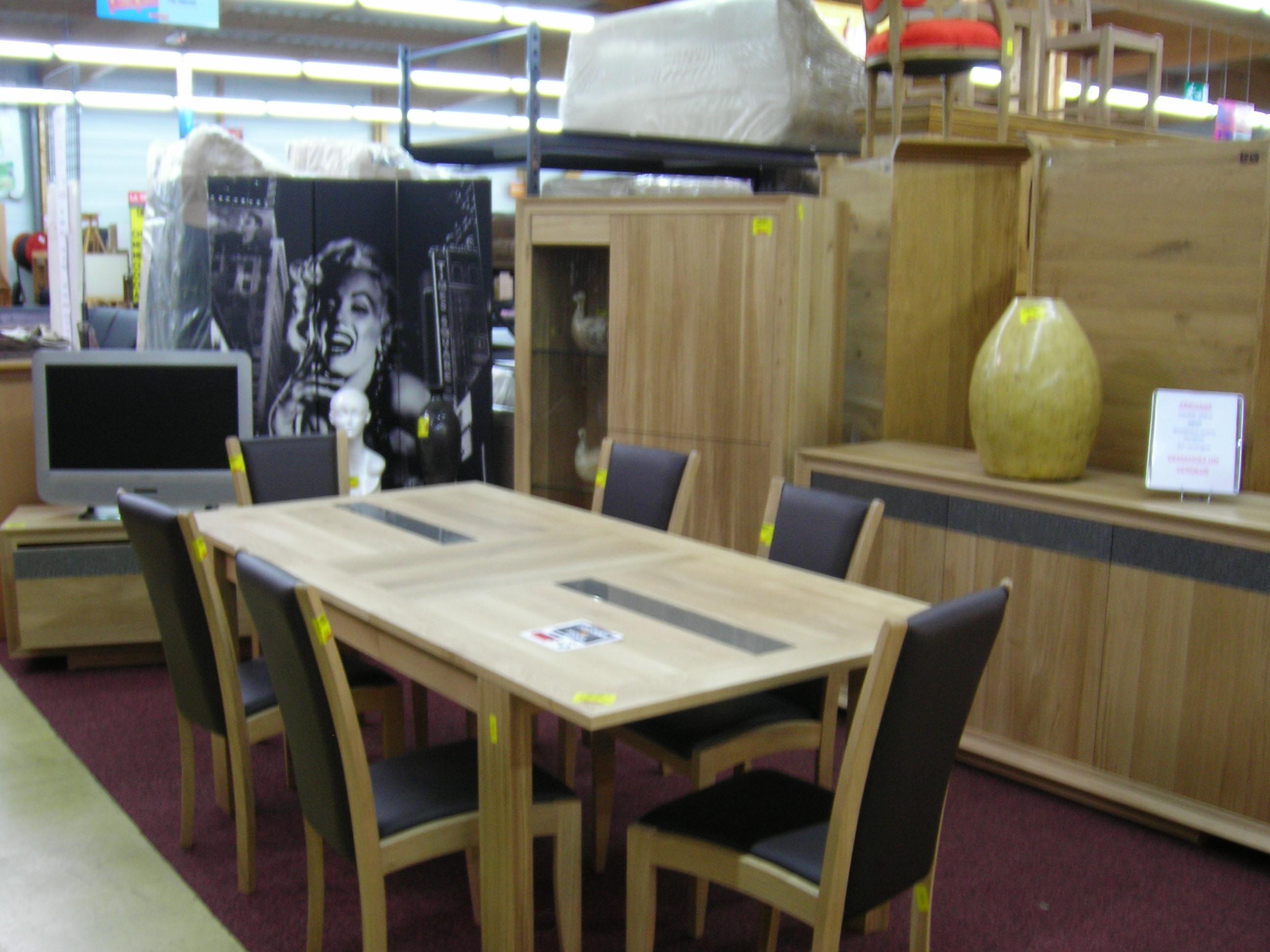 salon jardin tresse blanc et bleu 4 faut table la trocante d posez et encaissez. Black Bedroom Furniture Sets. Home Design Ideas